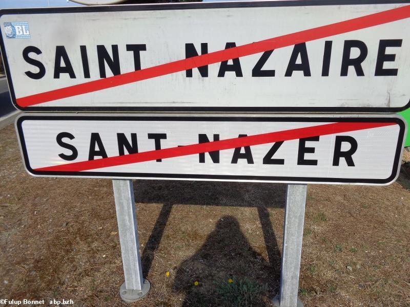 Des autocollants 44breizh sur une camionnette de l 39 office du tourisme de saint nazaire - Office de tourisme de st nazaire ...