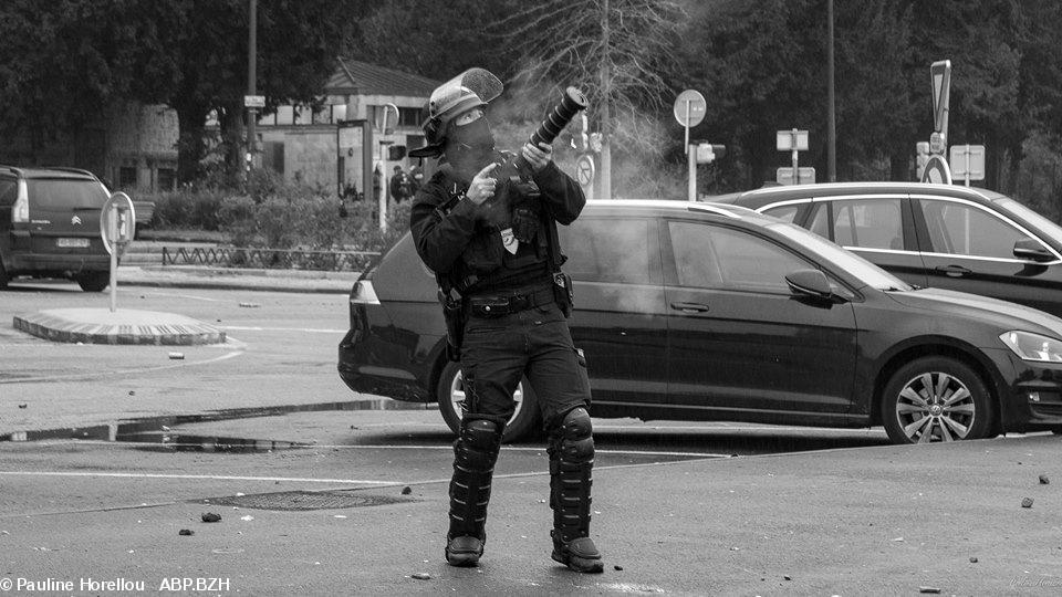 brutalités policières gilets jaunes