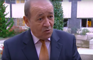 Jean-Yves Le Drian, ancien Président du Conseil régional de la Bretagne administrative et Ministre des Affaires étrangères.
